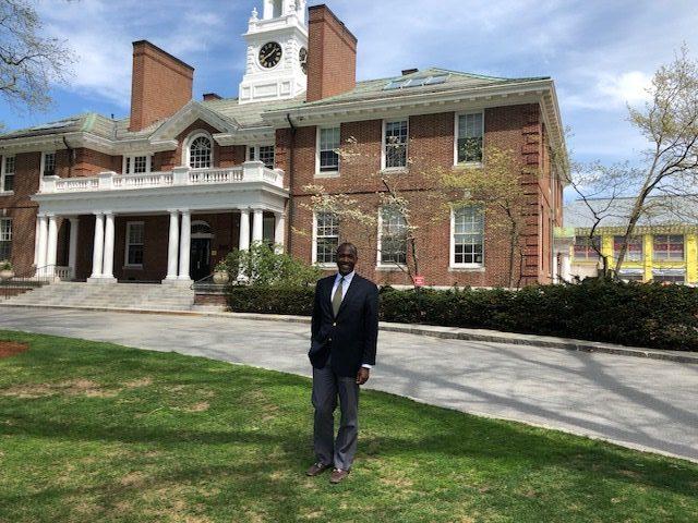 Spotlight on New Robbins House Co-President Rob Munro